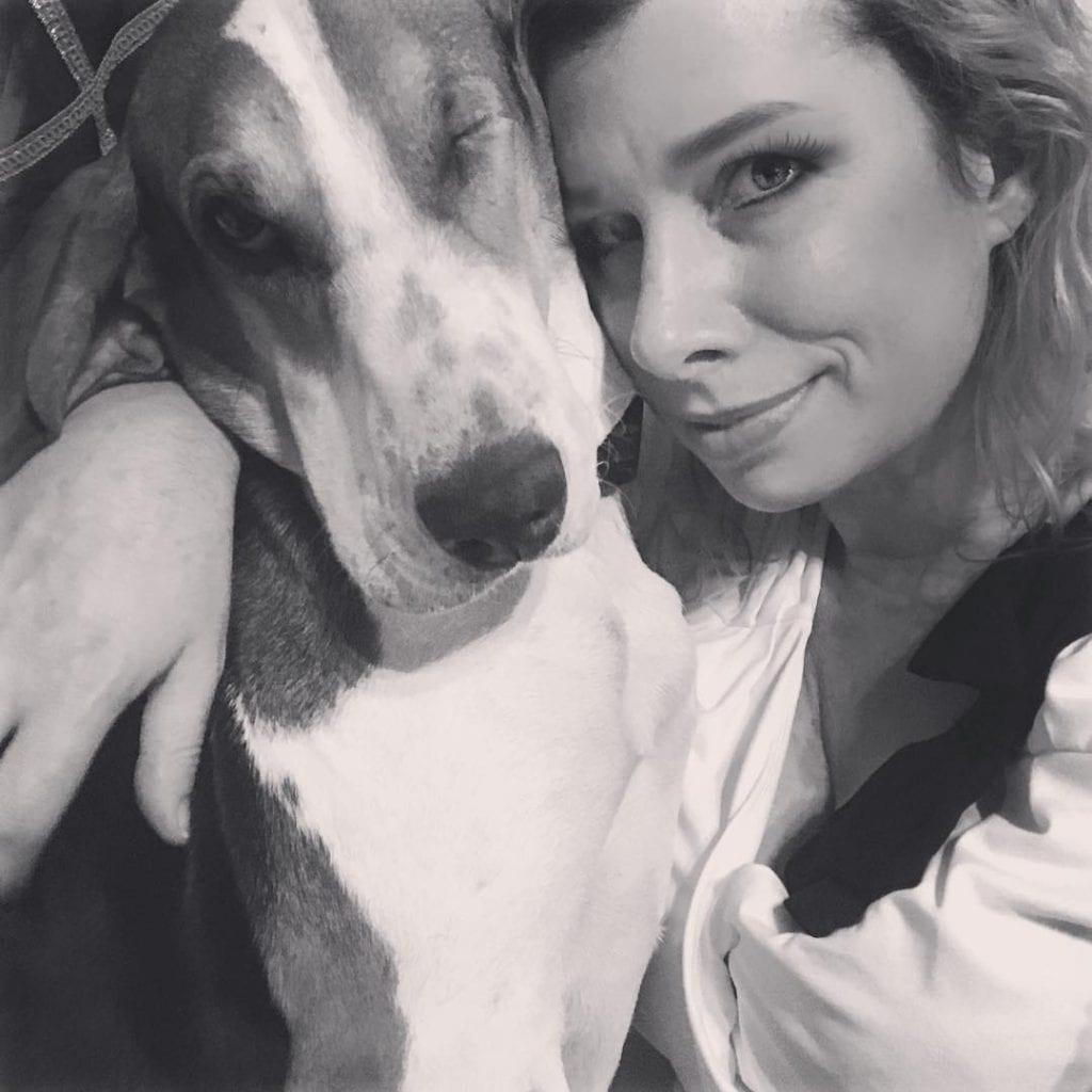 Собака спасла хозяйке жизнь, унюхав опасную болезнь