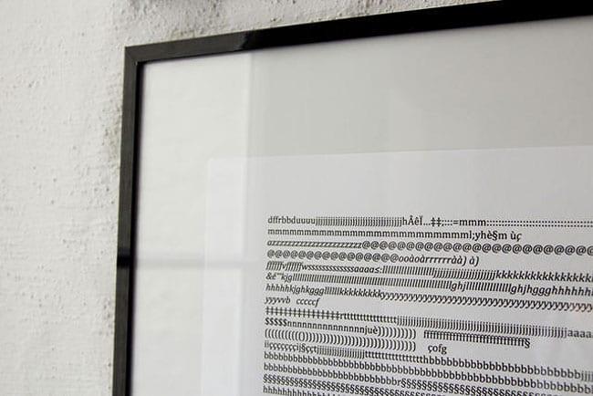 Кот, который печатает зашифрованные послания
