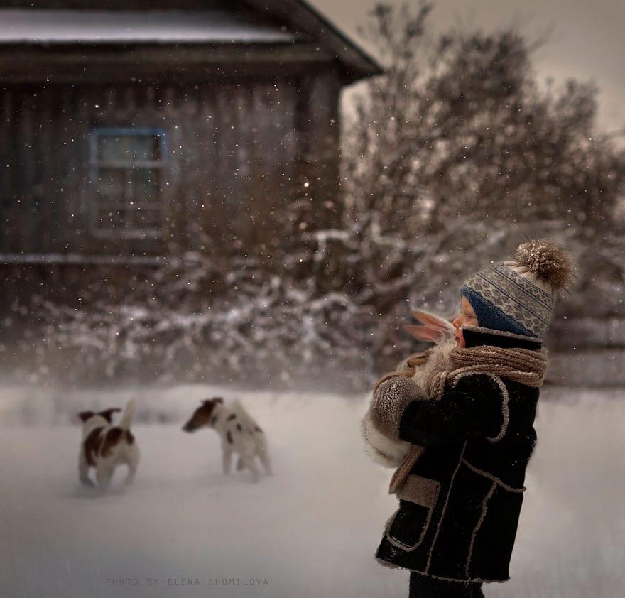 30 атмосферных фото детей и животных в деревне